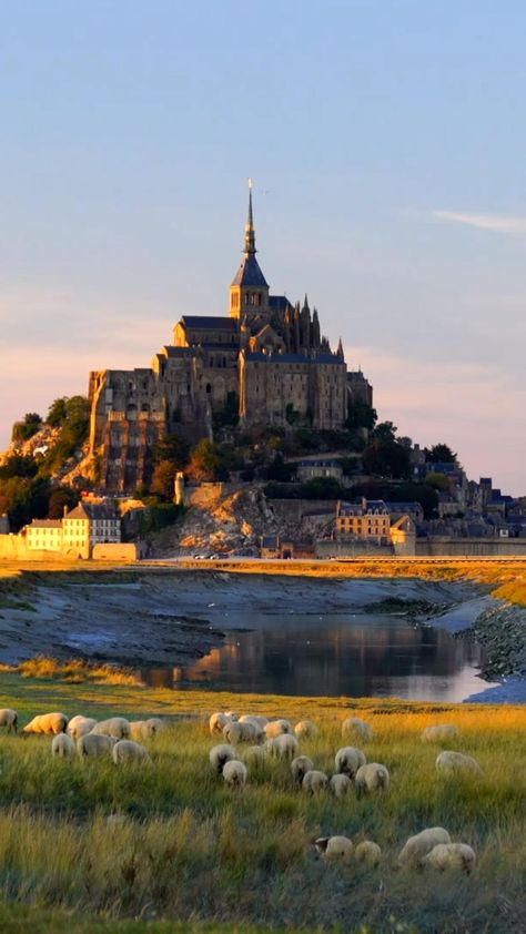 How to Get From Paris to Mont St Michel + Helpful Tips