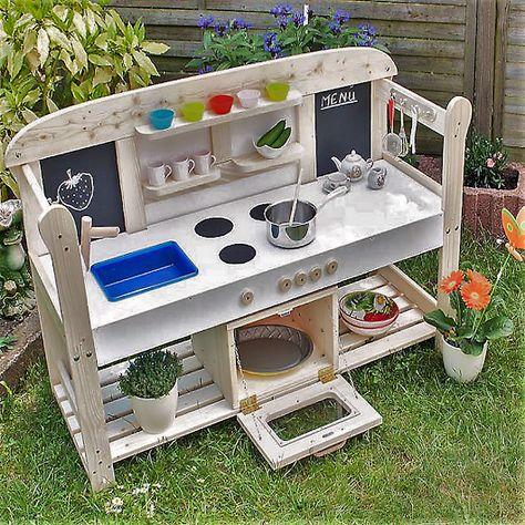 Bevor Ihr Eure Alte Gartenbank Entsorgt Konnte Man Sie Doch In Eine Garten Kuche Umwandeln Den Kleinen Kochen Selber Bauen Holz Kinder Garten Spielkuche