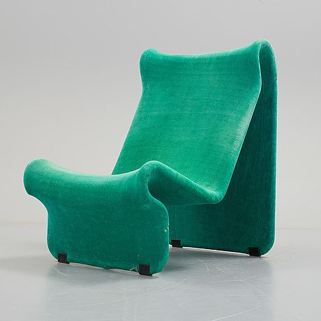 A pair of 099 easy chairs by Jan Dranger and Johan Huldt