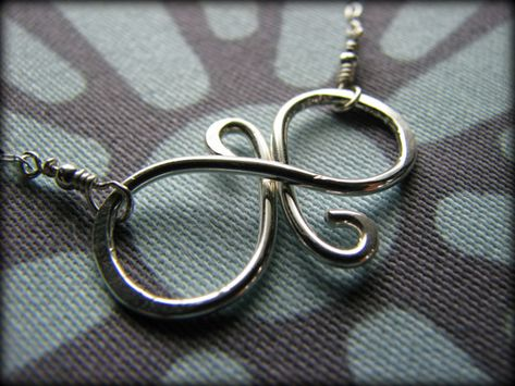 Best Friend Necklace - Infinity Symbol Sterling Silver - Gift Best Friends Sisters Daughter Cousin