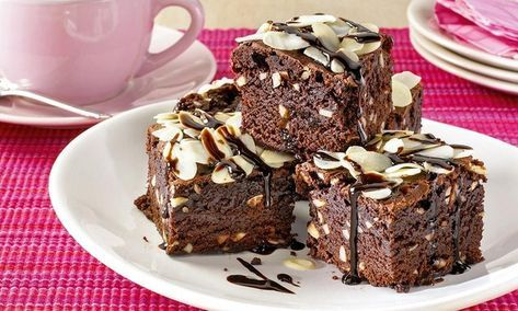 Cokoladne Kocke S Bademom Recept Dr Oetker Chocolate Brownies Chocolate Recipes Coffee Cake