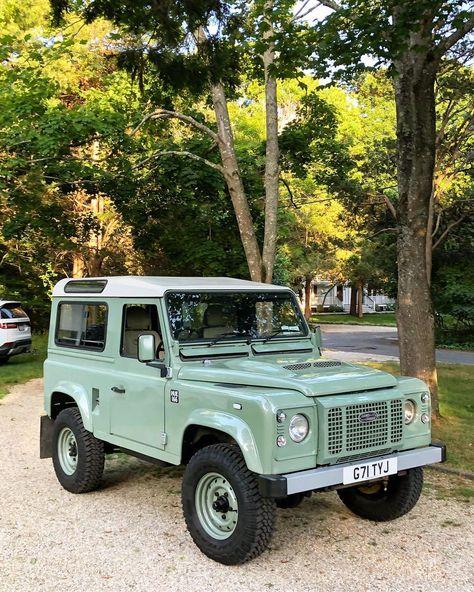 Pretty Cars, Cute Cars, Defender 90, Land Rover Defender, My Dream Car, Dream Cars, Motorhome, Vw Vintage, Car Goals