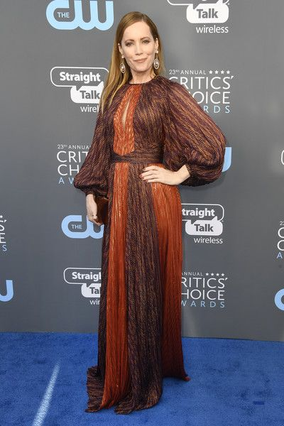 Actor Leslie Mann attends the 23rd Annual Critics' Choice Awards.