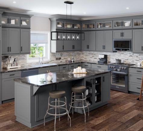 Rta Kitchen Cabinets, Kitchen Cabinet Styles, Shaker Cabinets, Dark Grey Kitchen Cabinets, Diy Painting Kitchen Cabinets, Kitchen With Black Countertops, Kitchen Cabinet Paint Colors, Kitchen Color Schemes, Kitchen Black Counter