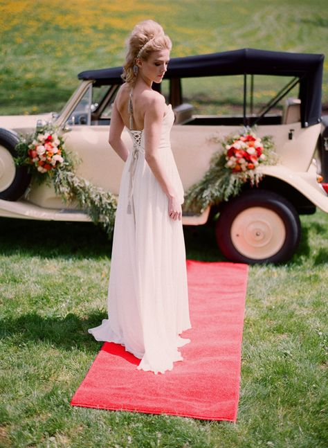Gorgeous 1930s Inspired Vintage Wedding Ideas by Kirill Bordon Photography