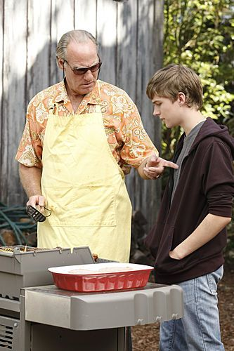 Grilling and giving advice – Zeek style! #Parenthood