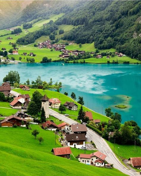 Ranging from remote villages to bustling cities, from snow-covered landscapes to tropical climates, here are the top 10 amazing places in Switzerland. Top 10 most beautiful places in Switzerland to add to your bucket list. Beautiful Places To Travel, Wonderful Places, Amazing Places, Beautiful Beaches, Hotel In Den Bergen, Places In Switzerland, Switzerland Vacation, Switzerland Destinations, Nature Photography