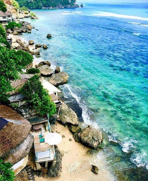 Uluwatu, the Mesmeric Beaches, and Temple That You Don't Want to Miss #uluwatu #bali #indonesia #southeastasia #asia #beach