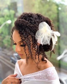 26 Beautiful Hairstyles For The African American Bride