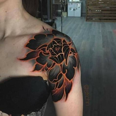 Most beautiful BlackWork Tattoo ideas With Amazing Black Rose Design Tattoos And Body Art japanese tattoo art Backpiece Tattoo, Hanya Tattoo, Pretty Tattoos, Beautiful Tattoos, Cool Tattoos, Tatoos, Piercing Tattoo, Piercings, Body Art Tattoos