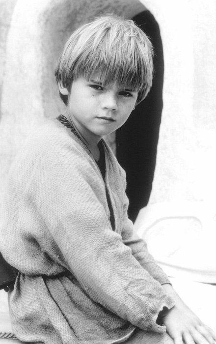 Jake Lloyd in Star Wars: Episode I - The Phantom Menace SO ADORABLE