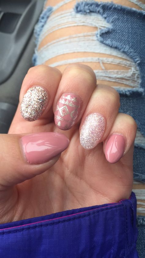 sparkles Winter nails #pink...