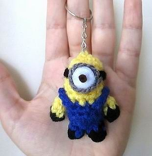 Key holder #minions #amigirumi #crochet | Haken | 319x310
