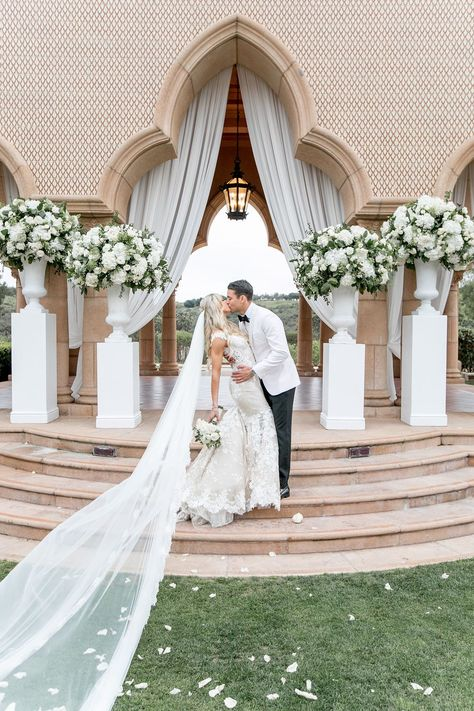 #GLBride Jackie looks so beautiful in her custom Galia Lahav wedding dress and bridal veil for her San Diego wedding.   Boutique: Bridal Reflections  Photographer: Katie Beverley Photography