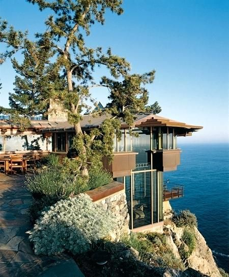 20 Amazing Homes The Merge With Seaside Cliffs In 2020 California Beach House Ocean House Architecture