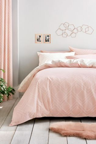 Soft And Plush We Re In Love With The Luxurious Pink Hue Enliven Your Bedroom With Our Geo Lines Bed Set Bed Linens Luxury Bedding Sets Uk Gold Bedding Sets