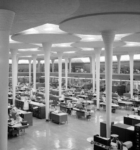 https://i.pinimg.com/474x/0f/1c/5e/0f1c5e7b900c067b22bcd23ee6b926b8--classic-architecture-architecture-interior-design.jpg