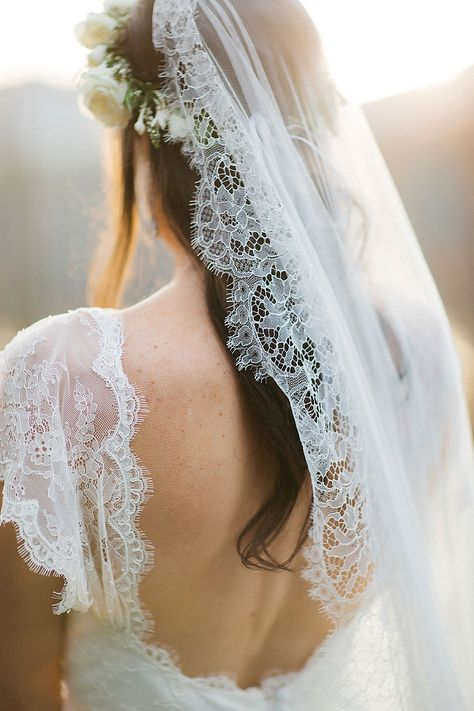 A Spectacular Rustic Chic Queenstown Wedding by Kate Drennan Photography - PAPER