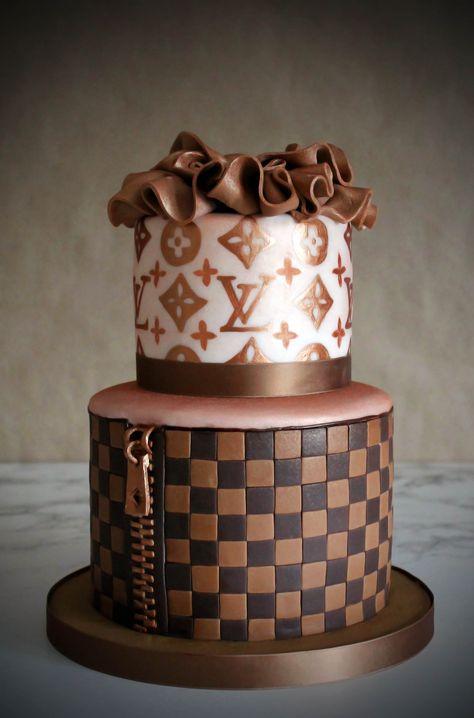 Louis Vuitton Cake Sweetlittlebites