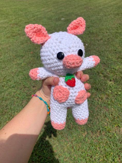 Kawaii Crochet, Crochet Teddy, Cute Crochet, Crochet Crafts, Yarn Crafts, Crochet Projects, Easy Crochet Animals, Crochet Animal Patterns, Stuffed Animal Patterns