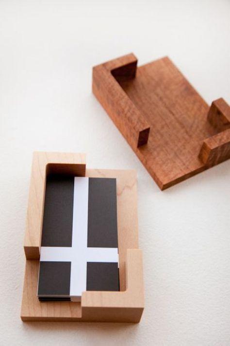 Niko Niko Bako Business Card Holder Holzkugelschreiber