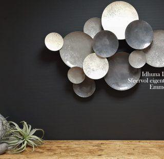 Sfeervolle Wanddecoraties Van Metaal En Hout Eigentijds Woonkamer Wanddecoratie Wanddecoraties Modern Interieur Decoratie