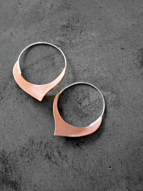 8 Stunning Rose Gold Earrings For Your Big Day | Intimate Weddings - Small Wedding Blog - DIY Weddin  Rose Gold Hoop Earrings  #wedding #weddings #weddinginspiration #earrings #bridalearrings