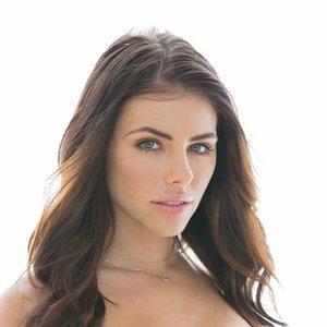 Adriana Chechick