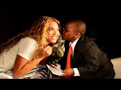 Beyoncé Helps Kid President With World Humanitarian Day 2013 - YouTube
