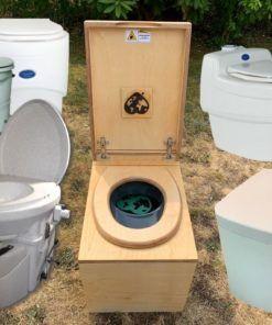 Trenntoilette Fur Dein Garten Und Wochenendhaus Hygienisch Und Sauber In 2020 Toilette Komposttoilette Wochenendhaus