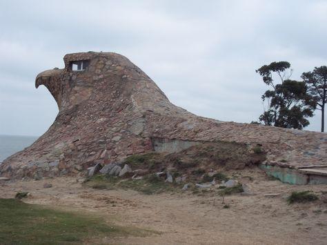 El Aguila, donde termina la rambla de Atlántida y empieza Villa Argentina