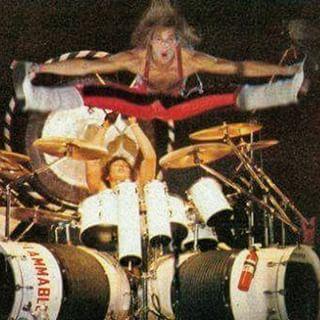 Alex Van Halen ❤️ and David Lee Roth