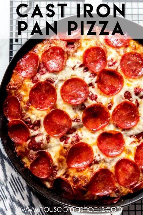 Cast Iron Pizza Recipe, Cast Iron Skillet Cooking, Deep Dish Pizza Recipe, Iron Skillet Recipes, Cast Iron Recipes, Skillet Meals, Pizza Hut Deep Dish Pizza Dough Recipe, Copycat Pizza Dough Recipe, Pizza Hut Crust