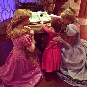 This Mom Makes Adorable Costumes For Her Daughter To Wear To - Mom creates the most adorable costumes for her daughter to wear at disney world