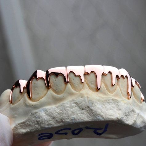 Grillz / Dental mold kit impression 2 mold kit for Cute Jewelry, Body Jewelry, Jewelry Accessories, Jewellery, Piercings, Girl Grillz, Grillz For Girls, Gold Slugs, Diamond Grillz