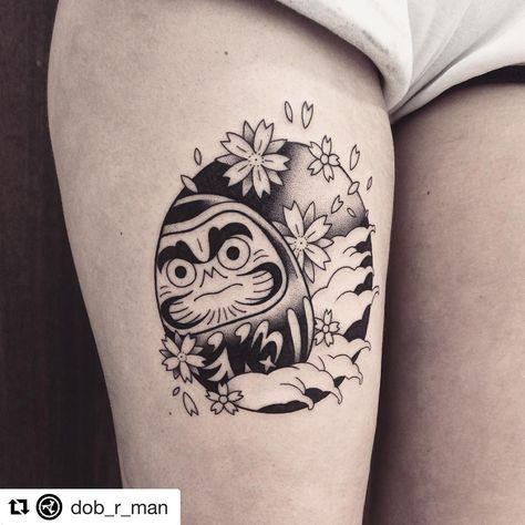 """Tatouage Magazine on Instagram: """"#Repost @dob_r_man with @get_repost ・・・ Daruma tatoué sur Garance aux Vilains Bonshommes (Nantes-FR) Merci encore pour ta confiance et à…"""""""