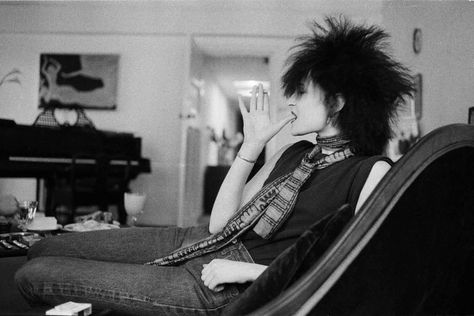'From Abba to Zappa': Michael Putland's shots of rock royalty – in pictures Siouxsie Sioux, Siouxsie & The Banshees, Chrissie Hynde, Cab Driver, Music Photographer, Roxy Music, Marc Bolan, The Mike, Assistant Jobs