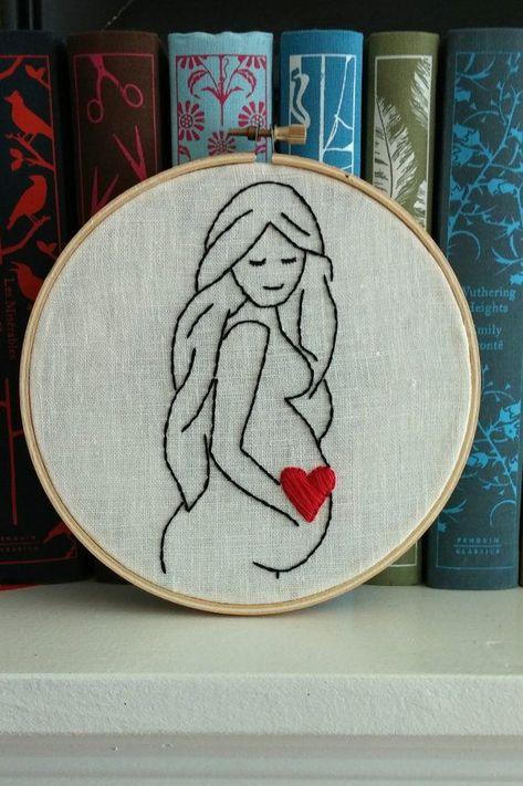 Schwangere Frau Hoop Art; Schwangerschaft Liebe; Neue Mutter Stickerei; Kinderzimmer Dekor; Doula oder Hebamme Geschenk; Muttertagsgeschenk - #Muther