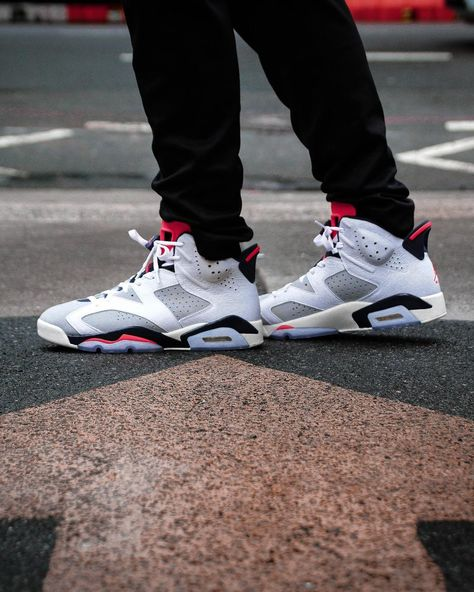 49e7003bec1f68 Taking inspiration from the Nike Air Trainer SC II worn by a young Michael  Jordan comes the next retro drop.  Jordan Retro 6 Tinker…