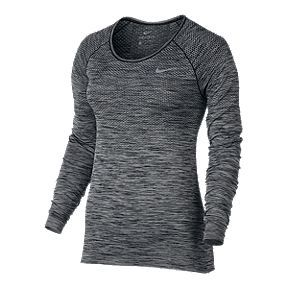 Men's & Women's Nike Clothing Clearance up to 40% Off