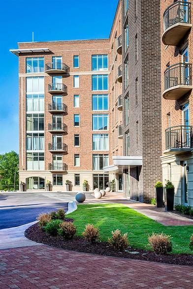 Rivers Edge Apartments Greenville Sc 29601 Real Estate Experiment Good Or Bad Real Estate Real Estate Quotes House Styles