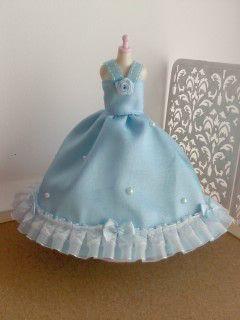 お人形用のサテンドレス☆(水色)