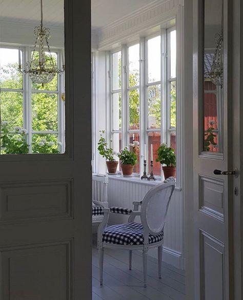 Pin By Diane Markham On Scandinavian Style Scandinavian Style Cottage Scandinavian