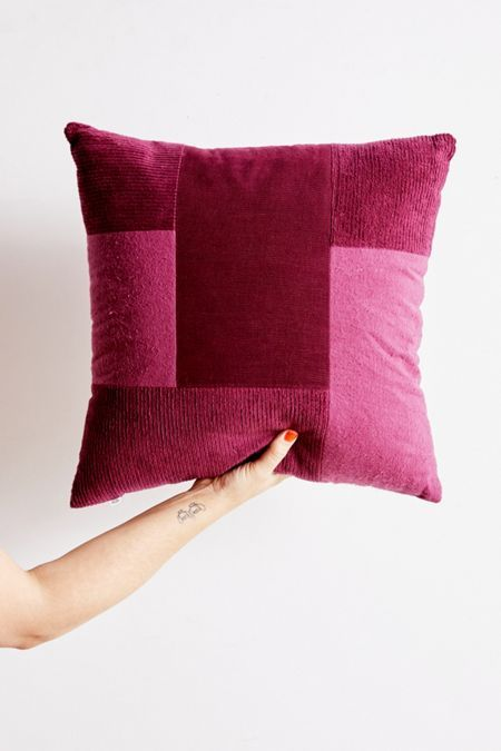 Vintage Home Decor Furnishings Urban Outfitters Canada Throw Pillows Urban Renewal Pillows