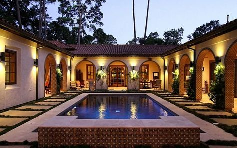 New House Plans With Pool Courtyards Ideas Hacienda Style Homes Courtyard House Plans Spanish Style Homes