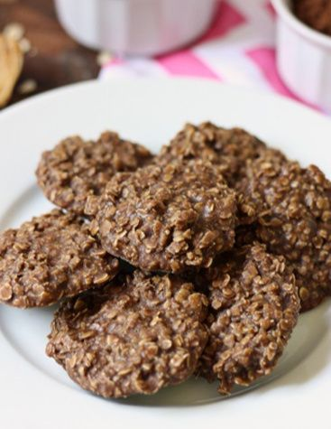 There's something about the combination of chocolate, peanut butter and oatmeal that makes these no-bake cookies irresistible. #nobake #nobakecookies #cookies #dessert #cookierecipe #recipe #noflour #flourlesscookies