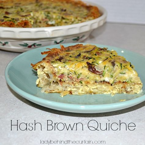 Instead of using a pie crust use hash browns for a crisp crust.  The flavor of this Hash Brown Quiche reminded me of Latkes.  It was so good! Line this Qui