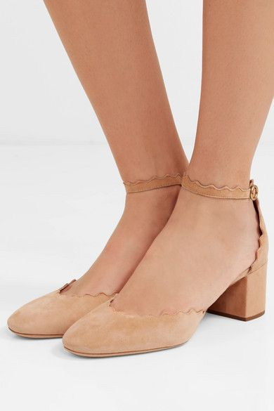 c26ee43ff84bc Chloé - Lauren scalloped suede pumps in 2019 | Girls love shoes ...