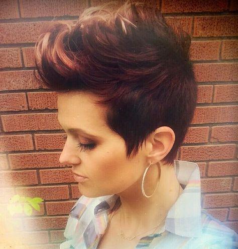 Topaktuelle Faux Hawk Frisuren für Frauen, die wissen, was sie wollen!