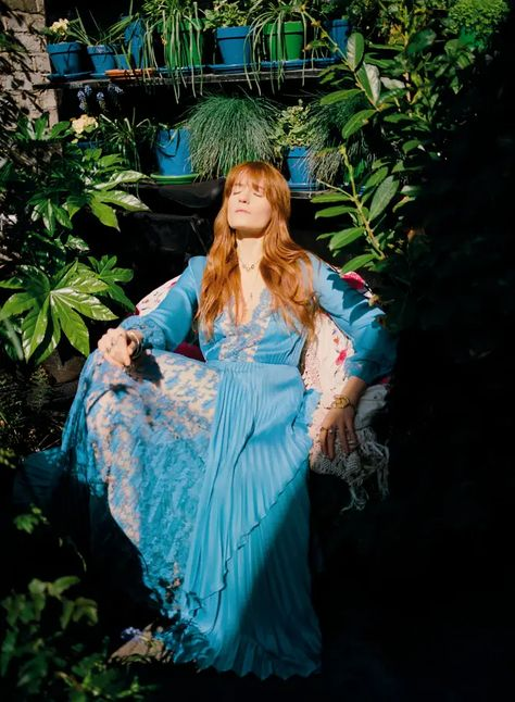 Gucci dress, Image: Florence Welch by Bella Newman. Pentatonix, Florence Welch Style, Boho Chic, Bohemian, Indie, Vogue China, Vogue Uk, Vogue Russia, Florence The Machines